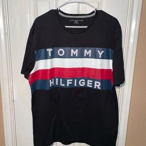 Tommy Hilfiger Mens XL T-Shirt Big Flag Spell Out